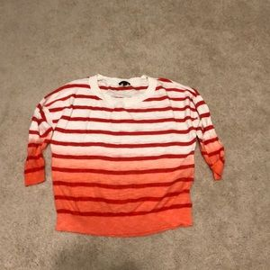 XS express 3/4 sleeve sweater salmon colored